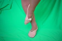 Piškoty a sedmikrásky (030) (Merman cvičky) Tags: balletslippers ballettschläppchen ballet slipper ballerinas slippers schläppchen piškoty cvičky ballettschuhe ballettschuh punčocháče pantyhose strumpfhosen strumpfhose tights collants medias collant socks nylons socken nylon spandex elastan lycra
