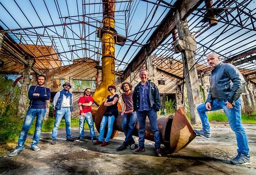 Banda Popolare dell'Emilia Rossa 🎶 #popolare #cantautore 🎸 #rock #prog #folk #musica #dalvivo 🔧 #lavoratori 🔨 #movimentooperaio 🏭 #sottosuolo #compagni ✊ #music #modena #italia 🎥 #elettritv #concerti #i
