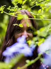 Sesión del 27 de Agosto del 2017 (Josee Alfonso) Tags: amaliaperalesmontoro elianavizuetelopez cristinagarciajimenez fantasía fantasy córdoba cordoba españa spain purpurina purpurin brillante bright maquillaje makeup vestidos dress diferente different jardinbotanico arboles bosque trees forest verde azul rosa green blue pink prisma arcoiris rainbow nikon nikkor anclazy