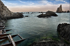 Arrecife de las Sirenas_4 (bit ramone) Tags: cabodegata almería españa spain andalucía beach playa mar sea mediterráneo seascape bitramone rocks rocas sunset atardecer
