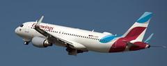 Airbus A-320 D-AIZU (707-348C) Tags: dusseldorfairport eurowings airliner jetliner airbus airbusa320 a320 ewg dusseldorf eddl dus passenger daizu