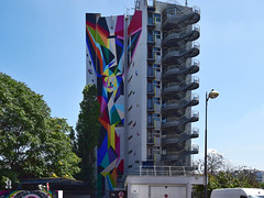 Oru Totem (HBA_JIJO) Tags: streetart urban graffiti paris art france artiste hbajijo wall mur painting stoul fresque aerosol peinture immeuble murale spray woman colors bombing femme batiment urbain girl urbaine forms culture