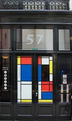 Mondrian in The Hague (Thea Teijgeler) Tags: mondriaan mondrian kunst art denhaag thehague