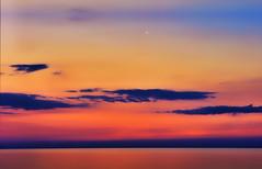 Il venditore di sogni (Gio_ said_good_by) Tags: fairytales fiaba sogni dream colors colori wmm seacsape monn quiete artwork graphic novel racconto favola sogno bottigliadisabbia sabbiacolorata coloredsand
