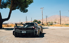 Grey Carbon (Alex Penfold) Tags: pagani huayra bc grey carbon supercars supercar super car cars autos alex penfold 2017 america usa california hypercar hyper gold wheels