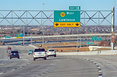 Approaching K-10 West Exit, 31 Dec 2016 (photography.by.ROEVER) Tags: lenexa kansas usa 2016 december december2016 highway road interstate freeway drive driving driverpic ontheroad i435 interstate435 ramp interchange exit sign bgs biggreensign k10 highway10 statehighway10 kansas10 westboundi435