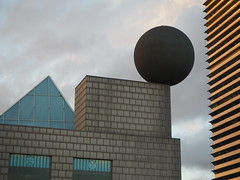Geometria (tgrauros) Tags: geometria geometry barcelona buildings edificis xeometría geometrie geometri meetkunde calalunya