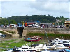 Dartmouth. (Vinyl 1979) Tags: sn65zhl alexanderdennise400mmc stagecoach stagecoachdevon dartmouth boats harbor 10496 people dennis dennisdart sailboats