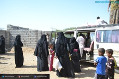 Monareliefye.org launches the fifth phase of food aid distribution in Hodeidah funded by UK charity al-Khair Foundation (Mona Relief Yemen) Tags: yemen hodeidah bait alfakeh alhawak food aid alkhair foundation monarelief almansouriah aldurehimi