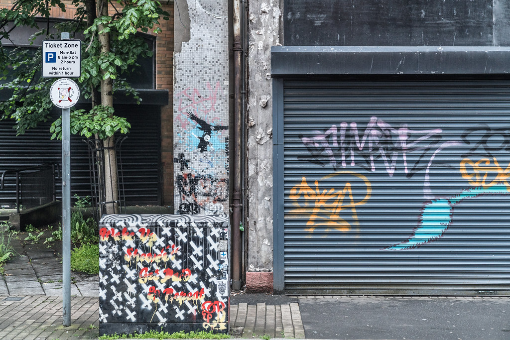EXAMPLES OF URBAN CULTURE IN BELFAST [STREET ART AND GRAFFITI]-132946