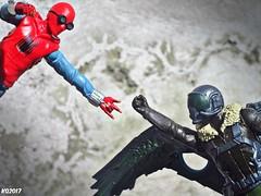 Spiderman vs Vulture (THE AMAZING KIKEMAN) Tags: spiderman homecoming 2017 hasbro vulture michael keaton adrian toomes tom holland peter parker marvel studios action figures