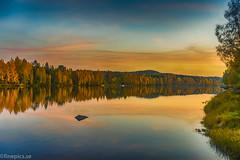 Höstkväll i Vännäs (johan.bergenstrahle) Tags: 2017 finepics umeälv autumn evening hdr höst kväll landscape landskap natur river september sverige sweden umeriver vännäs älv