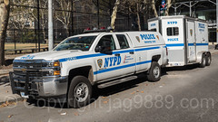 NYPD Mounted Unit Police Car with Trailer, New York City (jag9889) Tags: clinton jag9889 usa 2017 manhattan trailer mountedunit newyorkcity nypd newyork outdoor 20171028 car eleventhavenue mu auto automobile equestrian finest firstresponder horses lawenforcement ny nyc newyorkcitypolicedepartment policedepartment transportation unitedstates unitedstatesofamerica vehicle us