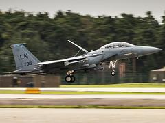 United States Air Force | McDonnell Douglas F-15E Strike Eagle | 91-0312 (Bradley at EGSH) Tags: egul suffolk raf usaf raflakenheath unitedstatesairforce f15 boeing royalairforce lakenheath military fighterplane 910312 unitedstatesairforcemcdonnelldouglasf15estrikeeagle mcdonnelldouglasf15estrikeeagle