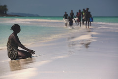 White sand (Enricodot) Tags: enricodot sand madagascar nosybe sea play children child africa people persone