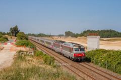 15 juillet 2013  BB 67609-67435 Train 3835 Nantes -> Bordeaux Aubie-St-Antoine (33) (Anthony Q) Tags: 15 juillet 2013 bb 67609 train 3835 nantes bordeaux aubiestantoine 33 gironde aquitaine bb67400 ferroviaire sncf intercités ic qnbt
