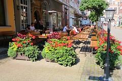 Cafés, terraces and street markets in Gdansk (jackfre 2) Tags: gdansk danzig streets streetmarkets cafés terraces