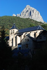 The church in Sallent de Gallego
