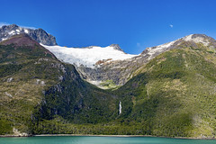 Patagonie Chilienne (jeanmichelchuiche) Tags: chili patagonie glacier fjord cl costa costaluminosa tourdumonde chutedeau plage worldtour luminosa 2017 voyage tour world monde terre planète