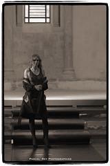 _DSC4110_v3 (Pascal Rey Photographies) Tags: fashion fashionshow défilédemodeauprieurédesalaisesursanne38150france défilédemode robes dresses mannequins mode modéles modèle outfits shoes femme femmes woman women lady ladies nikon d700 luminar digikam digikamusers salaisesursanne monochrome chromophobia noirblanc noiretblanc schwarzundweiss schwarzweiss zwartwit blackwhite blancoynegro pascalreyphotographies pascalrey