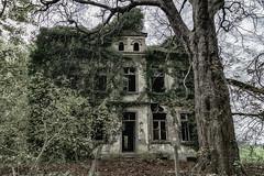 House of Usher ... ? (gabrieleskwar) Tags: outdoor lost place haus hdr bäume blätter verlassen verfall