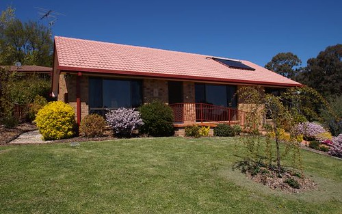4 Bishop Crescent, Armidale NSW 2350