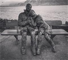 (Eric_G73) Tags: statue love couple montreux
