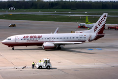 Air Berlin   Boeing 737-800   D-ABAF   Hamburg International (Dennis HKG) Tags: airberlin ber ab germany boeing 737 737800 boeing737 boeing737800 aircraft airplane airport plane planespotting hamburg eddl ham dabaf canon 30d 70200