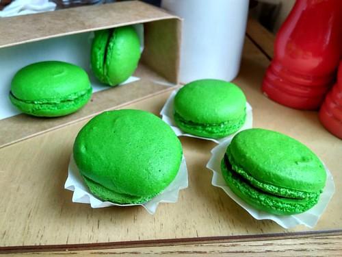 Зеленые нечеловечки  #macroon #green #sweet