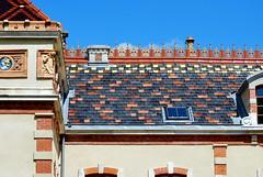 Villa Perrusson (odile.cognard.guinot) Tags: villaperrusson tuilesvernissées saôneetloire bourgognefranchecomté bourgogne ecuisses