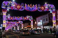 Happy Deepavali! (Yukkuriko) Tags: singapore singapur bearbeitet deepavali littleindia lights