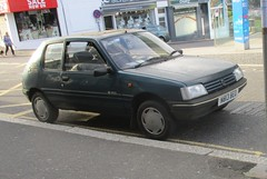 1995 Peugeot 205 Inca diesel (occama) Tags: n813beo peugeot 205 inca 1995 old car cornwall uk french green bangernomics