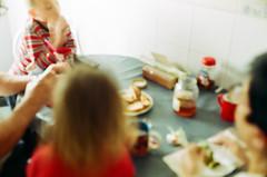 Family breakfast (srgpicker) Tags: 200 35mm analog breakfast canon canonet expired film iso200 ql17 tudorcolor xlx xlx200 giii rangefinder canonetql17 centrofuji canonetql17giii analogue family familia desayuno blurred blurry honey biscuits bread milk leche galletas pan miel unfocused desenfocada gullon