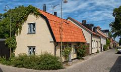 Street view, Visby, Gotland (Gösta Knochenhauer) Tags: nik panasonic lumix fz1000 dmcfz1000 visby gotland sverige sweden schweden suède svezia suecia p9120397nik p9120397 2017 august