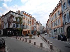 Toulouse, l'occitane - France (nafea) Tags: toulouse france building occitane street midipyrénées rue pavé