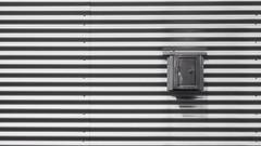 Minimal - Box (Visual Stripes) Tags: minimal box wall lines shadow composition blackandwhite