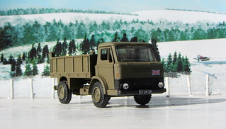 Dinky Kits Ford D800 Tipper Truck No. 1029 1973 Restoration And Conversion To Military : Diorama Winter Scenery - 4 Of 28