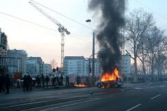 Blockupy_Frankfurt_2015_Ausschreitungen_Gewalt_Polizei (24 von 110) (Marcel Bauer) Tags: frankfurt ausschreitungen tear gas ezb