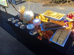 """S'mores • <a style=""""font-size:0.8em;"""" href=""""http://www.flickr.com/photos/85572005@N00/26339886259/"""" target=""""_blank"""">View on Flickr</a>"""