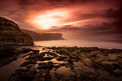 the moment (raulmiguelmantilla) Tags: puesta de sol mar seascape sunset cielo océano paisaje roca agua costa atardecer canon 6d long exposure longexposure