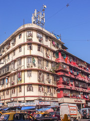 Mumbai 2015 (hunbille) Tags: india mumbai bombay birgittemumbai2lr antique antiques chorbazaar market bazaar bazar thieves flea