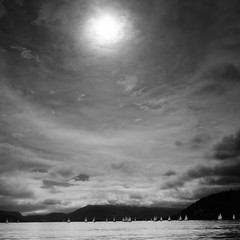 olY/276 .. regatta NOIR! (m_laRs_k) Tags: backlight backlit clouds noir blackandwhite monochrome monotone schwarzweiss omd lightroomed lr6 olympus 14150 suppenzoom superzoom 7dwf annecy lac france savoie thursday tuesday cof000