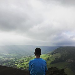 Ploughing my way through another on-call week and wishing I was still running up hills in the Peaks.  @richie_goldberg . . . #latergram #peakdistrict #fellrunning #trailrunning #running #fromwhereirun #run #microadventure #derbyshire #edale #kinderscout (Foz_) Tags: instagram ploughing way through another oncall week wishing i was still running up hills peaks richiegoldberg latergram peakdistrict fellrunning trailrunning fromwhereirun run microadventure derbyshire edale kinderscout