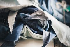 COMAS gleicebueno-8966 (gleicebueno) Tags: upcycling reciclagem textil artesanal handmade autoral comas manual mercadomanual redemanual augustinacomas moda fashion slowfashion hands mãos