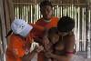 Programa de Erradicação da Oncocercose nas Américas - Terras Yanomami (Secretaria Especial de Saúde Indígena (Sesai)) Tags: outubro 2017 oncocercose erradicação dseiyanomami indígenas vacinação criança imunização pólobasesurucucu yanomami roraima aldeiakoriaupe