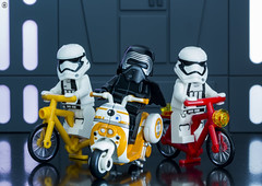 Bike Gang (jezbags) Tags: lego legos starwars toys toy macro macrophotography macrolego canon60d canon 60d 100mm closeup upclose kyloren stormtrooper stormtroopers troopers trooper bikes gang legostarwars death