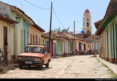 Old Town, Trinidad, Cuba (JH_1982) Tags: vintage car oldtimer historic buildings tower old town oldtown altstadt cobblestone kopfsteinpflaster architecture landmark unesco world heritage site colonial trinidad 特立尼达 トリニダ 트리니다드 тринидад त्रिनिदाद cuba kuba 古巴キューバ 쿠바 куба क्यूबा كوبا