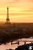 Paris depuis la tour Saint Jacques II (A.G. Photographe) Tags: anto antoxiii xiii ag agphotographe paris parisien parisian france french français europe capitale d810 nikon nikkor 70200vrii goldenhour sunset toureiffel eiffeltower pontdesarts seine bateauxmouches
