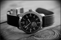 Fossil, Pilot-54. 3 (EOS) (Mega-Magpie) Tags: canon eos 60d indoor watch timepiece wristwatch fossil pilot54 wood table leather band time bw black white mono monochrome