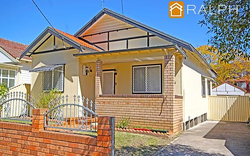 31 Ernest St, Lakemba NSW 2195